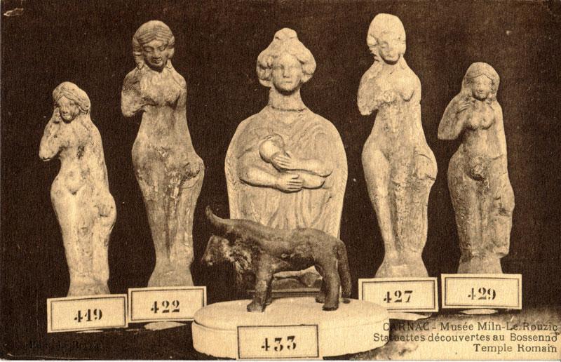 CARNAC Bossenno-statuettes-cp