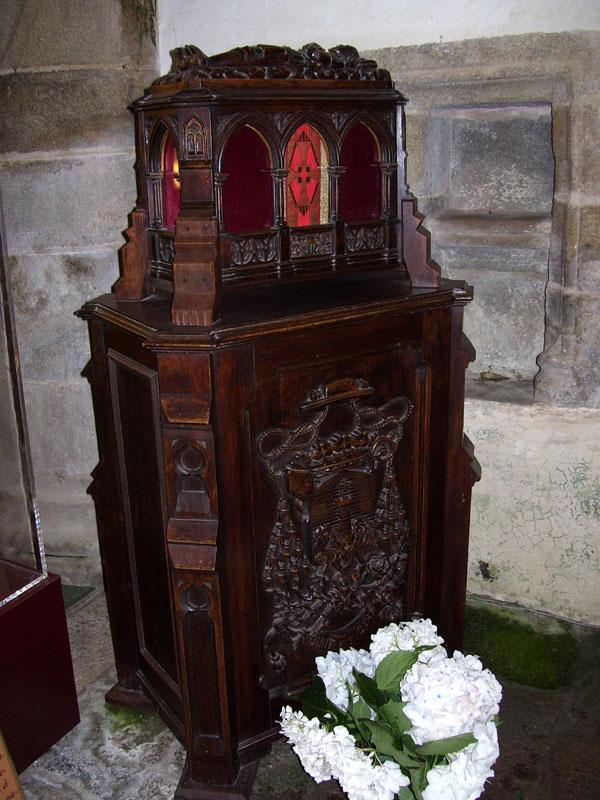 Tombeaux des grands personnages Bretons Eglise-chasse-cdb1