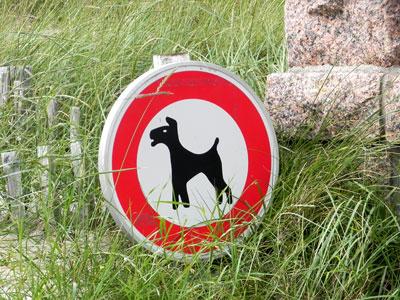 Termes et code de la route - Page 2 Interdiction-chiens